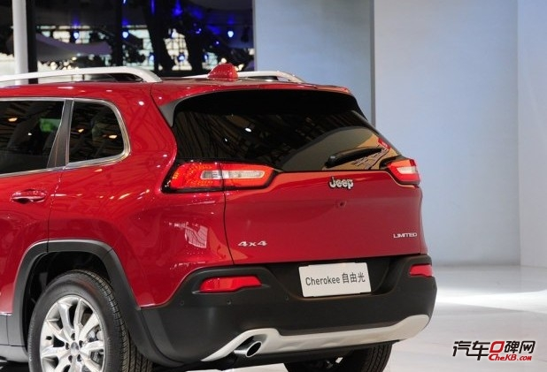 Jeep全新中型SUV自由光外观