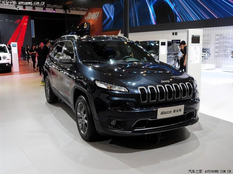 jeep自由光设计图